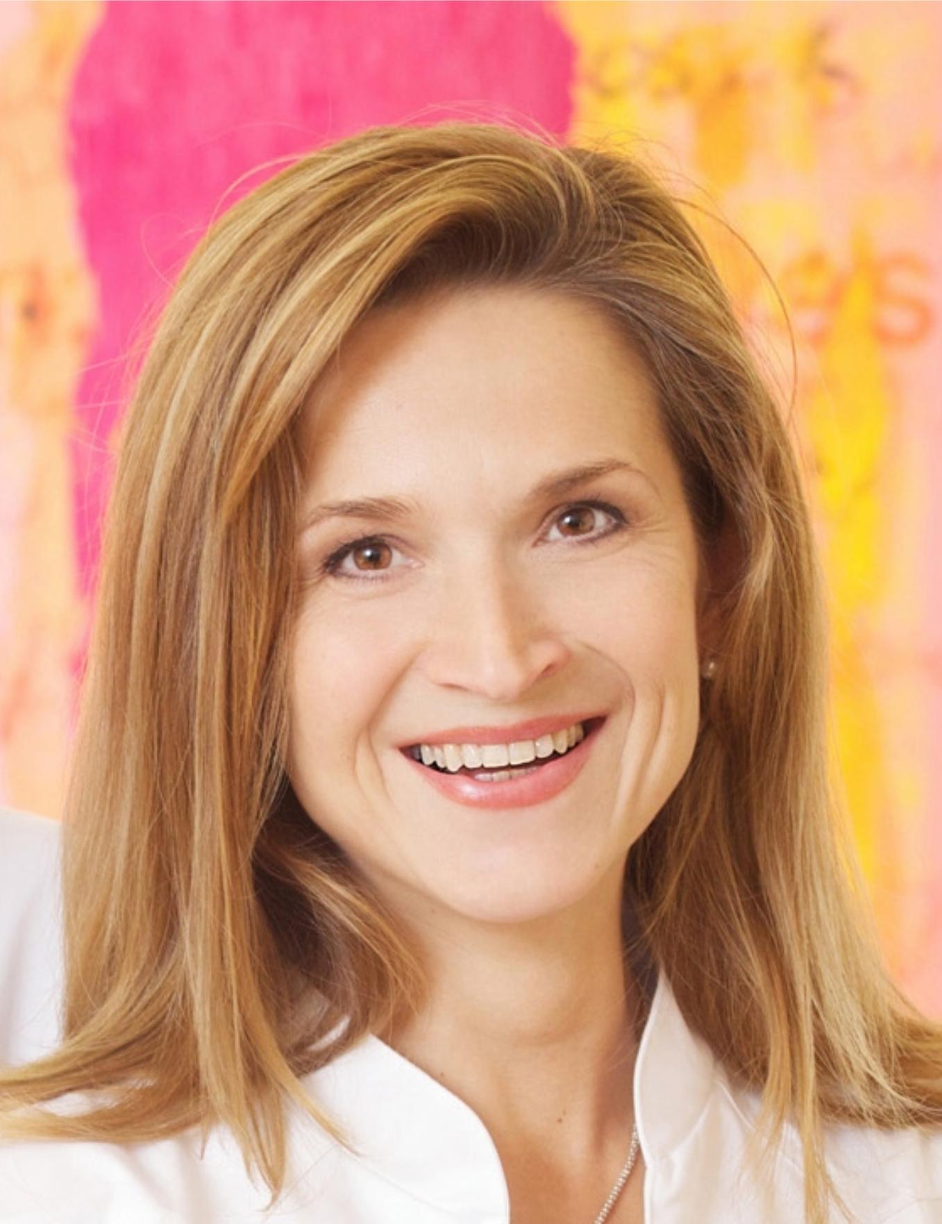 Dr. Bettina Wiltos